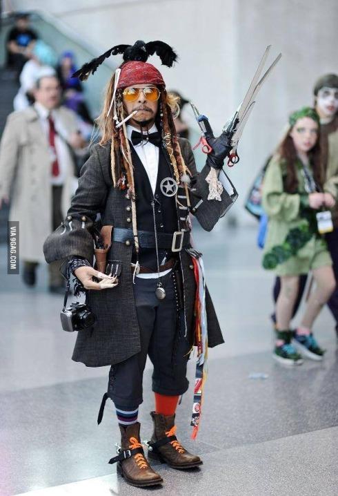 every johnny depp cosplay lol
