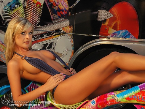 Debbie_Strokers_Bikini_Team sexy